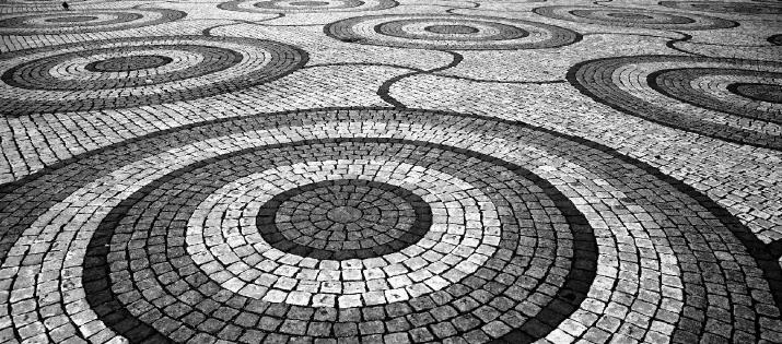SAT Math: Squares Inscribed in Circles