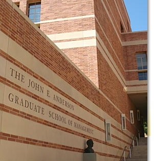 UCLA Anderson Requires 2 Recommendation Letters for Fall 2016 Application