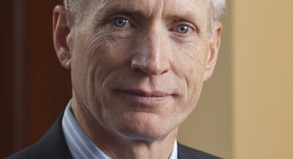 Yale SOM Dean Snyder Appointed to Second Term